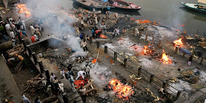 varanasi-ghats-cremation